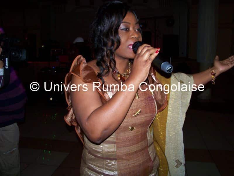 Faya Tess en concert